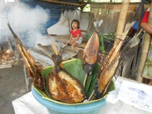 Ikan bakar di jalan lingkar Mataram