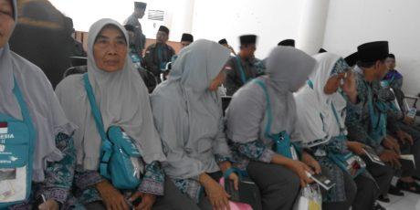 Dua Kloter Calon Jamaah Haji Kota Mataram Keberangkatannya Belum Pasti
