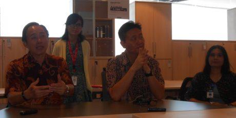 ACE dan Informa Mataram Larang Karyawatinya Berjilbab?