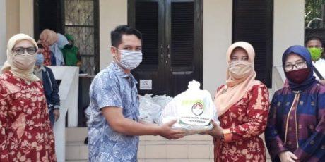 Para PTT Di Kota Mataram Dapat Paket Sembako dari DWP