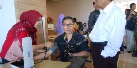 Warga Tionghoa NTB Adakan Kegiatan Donor Darah