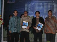 "Radio Global FM Lombok Raih Dua Anugerah ""KPID NTB Award"" 2015"