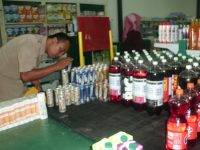 Tim Pengawas Temukan Produk Makanan tak Miliki Keterangan Kadaluarsa