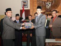 Gubernur Komitmen Segera Selesaikan Temuan Aset