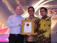 "XL Raih ""Indonesia Prestige Brand Award 2017"""