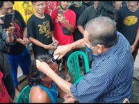 Pendukung JODA Tunaikan Nazar, Jalan Kaki Puluhan Kilo dan Cukur Rambut