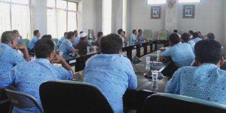 Puluhan Supir Taksi Blue Bird Tuntut Kenaikkan Kesejahtraan