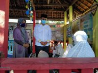 Gubernur Datang Melayat, Mantan Bupati Lobar Dimakamkan di Kuripan