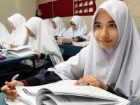 Sering Kekurangan Siswa, Pemerintah Diminta Dukung Maksimal Sekolah Swasta