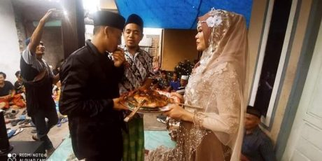 Ayam Panggang Jadi Maskawin Pernikahan di Lotim, Ternyata Ini Alasan Mempelai