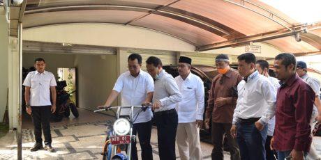Gubernur : Ada Peluang Besar dalam Pengembangan Motor Listrik di NTB