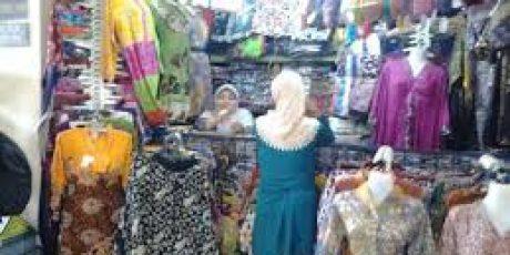 Pedagang di Jalan AA Gede Ngurah Cakra Menolak Dipindah