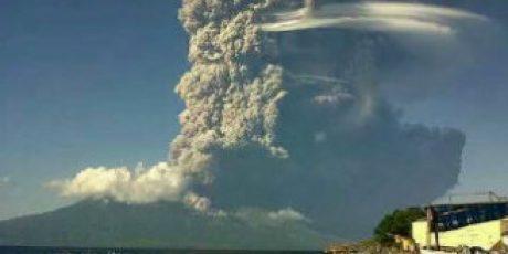 Pemprov NTB Salurkan Logistik Ke Korban Letusan Gunung Sangeangapi