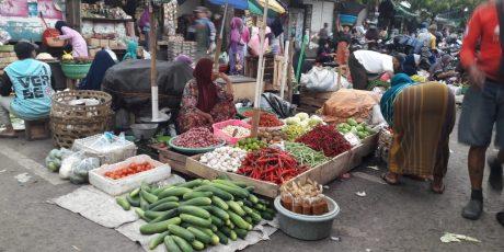 Tempati Pasar Sementara, Pedagang Keluar Modal untuk Bangun Lapak Sendiri