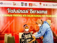 OJK NTB, BI dan Pemda Gelar Vaksinasi Massal Tahap II di Unram